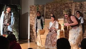 Kral Midas Oyunu Çocuklar İçin Sahnelendi