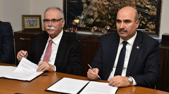 Güçlü Yerel Yönetim, Yöneticilik Ve Liderlik Eğitimleri Projesinin İmzaları Atıldı