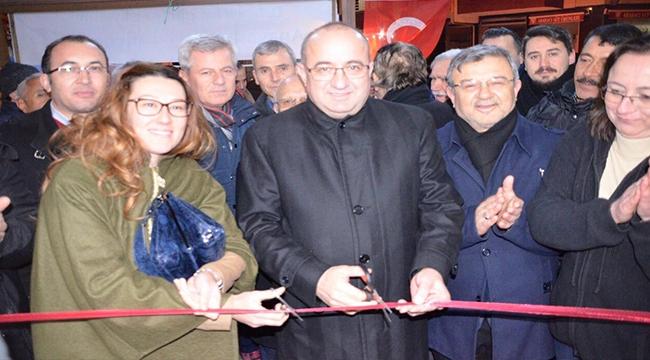 Ayhan Gider, Ak Parti  İsmetpaşa Mahalle Başkanlığı'nın açılışına katıldı.
