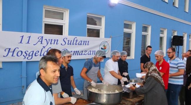 Kepez Belediyesi Mahalle İftarlarına Devam Ediyor...