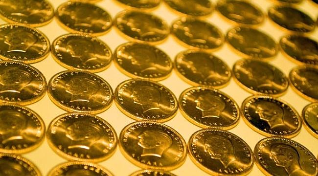 Çeyrek altın 242 lira oldu