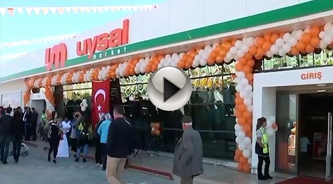 Uysal Market 20'nci Şubesini Kepez'de Açtı