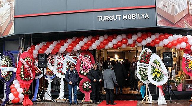 İdaş adı altında Turgut Mobilya Çan'da açıldı