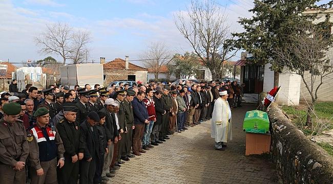 Şehit Jandarma Er Necdet Yılmaz'ın Babası Sezai Yılmaz Dualarla Uğurlandı