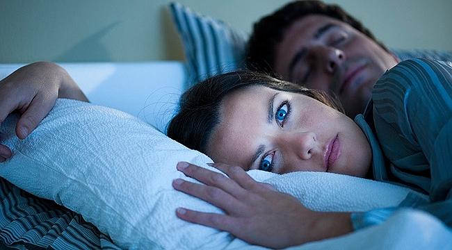 Yeterli Uyku Alamadığınızı Gösteren İşaretler…