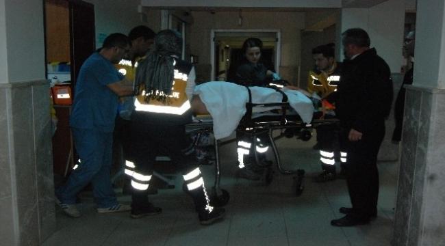 Bayramiç'te traktör dereye uçtu, 1 yaralı
