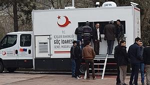 Biga'da Suriyeliler Kayıt Altına Alınıyor
