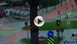 Çan'da meydana gelen feci kazanın güvenlik kameralarına yansıyan görüntüleri!