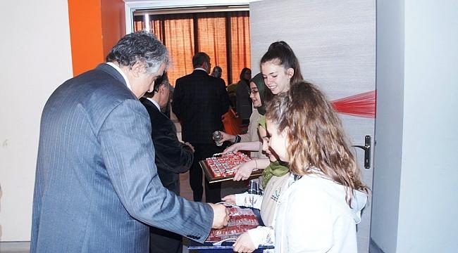 Lapseki'de İstiklal Marşının Kabulünün 97. Yıl Dönümü Kutlamaları