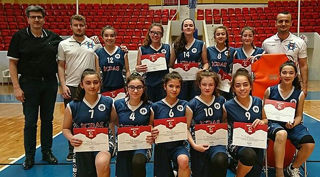 İÇDAŞ Spor U15 Kız Basketbol Takımı şampiyonluk finalinde