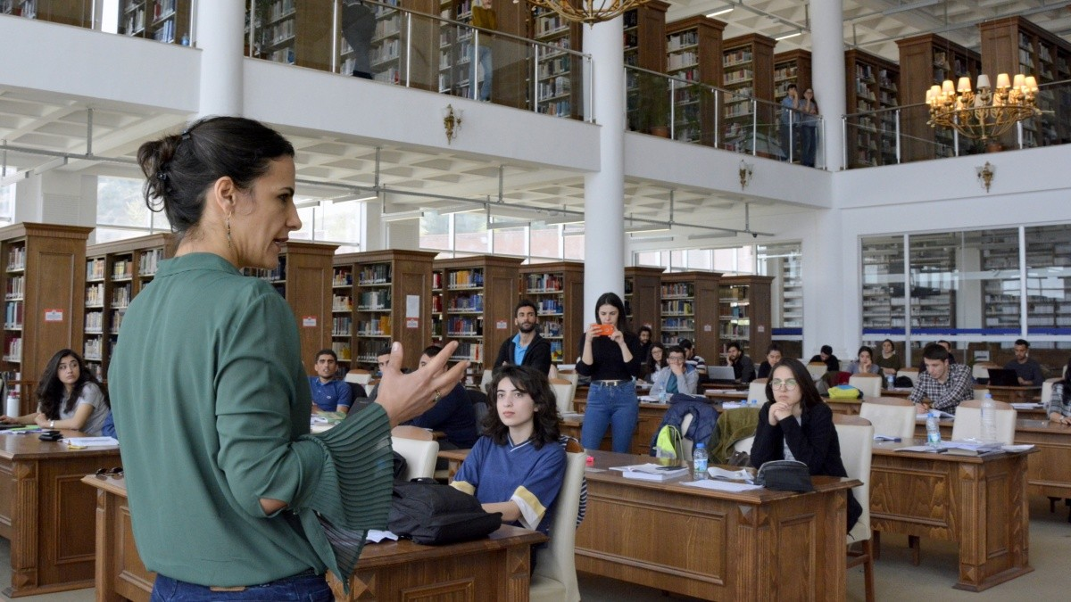 Yazar Irmak Zileli ile söyleşi gerçekleştirildi