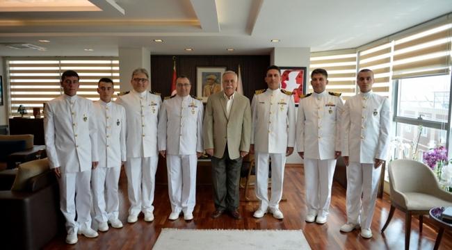 Deniz Astsubay Öğrencileri Ve Komutanlarından Başkan Gökhan'a Ziyaret