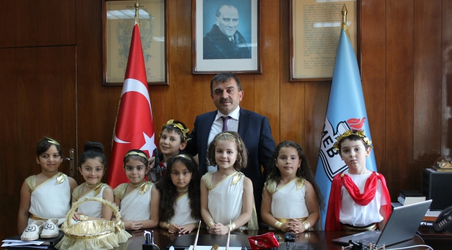 """Kepez Atatürk İlkokulu'dan """"Troya'nın Ayak İzleri"""" Projesi"""