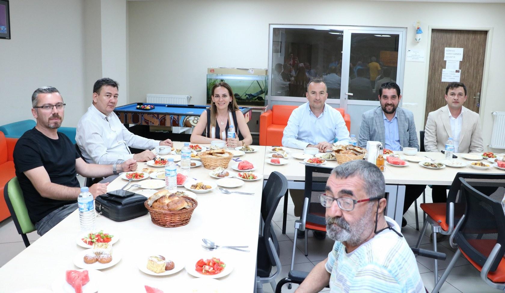 Çanakkale Huzur Evinde anlamlı iftar