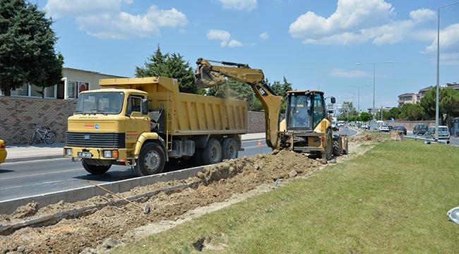 Bölge Trafik Kavşağı'nda Düzenleme Çalışmaları Başladı