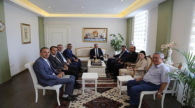 Kıyı Emniyeti Genel Müdürü Hızırreis Deniz, Vali Orhan Tavlı' yı Ziyaret Etti