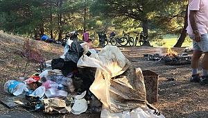 Çanakkale Bisiklet Platformu Gönüllülerinden Atikhisar'da Çevre Temizliği
