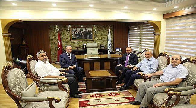 Milletvekili TURAN' dan Müftü GÖKCE' ye Ziyaret