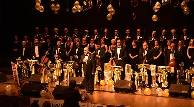 Çanakkale Belediyesi Türk Sanat Müziği Korosu'ndan Yeni Yıla Merhaba Konseri