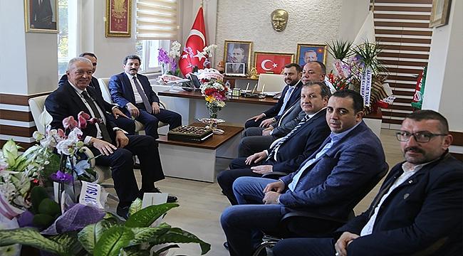 """EZİNE BELEDİYESİNDEN """"İSTİHDAM SEFERBERLİĞİ 2019"""" 'A DESTEK"""