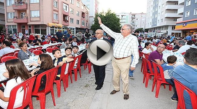 KENTLİLER MAHALLE İFTARLARINDA BİR ARAYA GELDİ