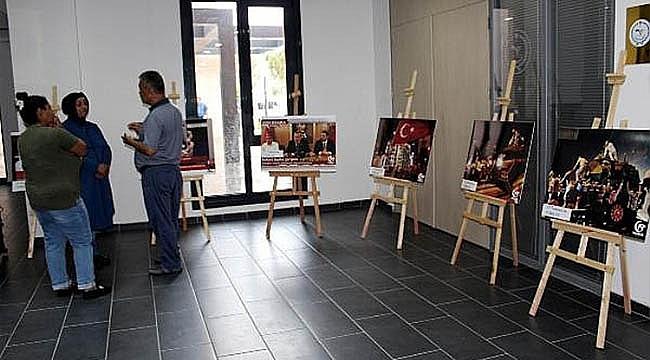 LAPSEKİ'DE 15 TEMMUZ FOTOĞRAF SERGİSİ AÇILDI