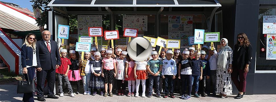 """Çan'da """"Durakta Matematik"""" Projesine Öğrencilerden Rap Şarkı"""