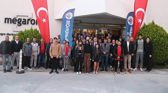 KEPEZ'DE TENİS RÜZGARI ESTİ
